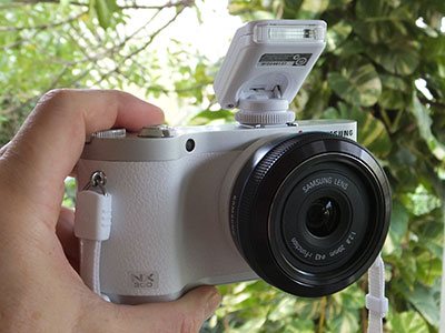 The Samsung NX300 comes in the colors white, black and brown -- a stylish camera with state-of-the-art technology offering great value and imaging quality.