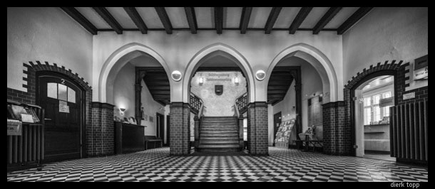 Entrance to city hall, Reinfeld, Germany -- Shift of three images, landscape; one center, shift left, shift right; HDR | Dierk Topp