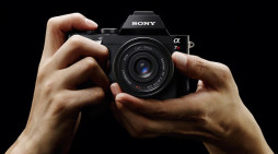 The Sony A7(R) File