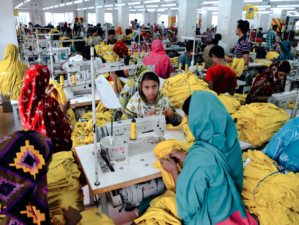 Bangladesh Garment Industry -- Canon G12 | Daniel Kestenholz