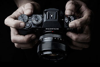 Looking perfect on paper... Fujifilm X-T1, the X series' new flagship.