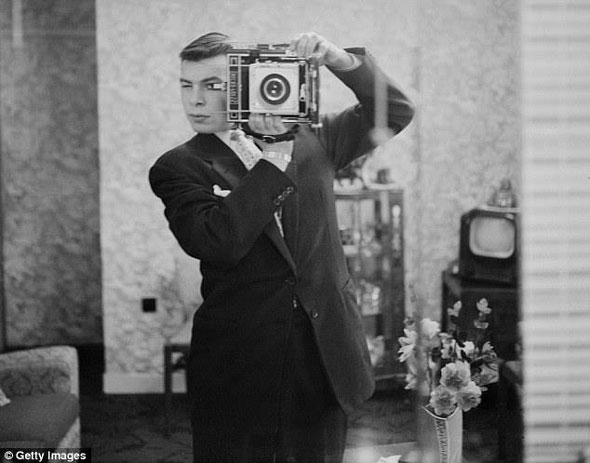 A 1948 selfie from a Fox movie studio photographer.
