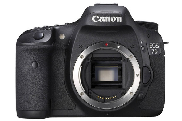 Save big time on the Canon EOS 7D, many specials to choose from.