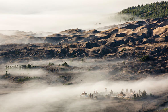 Mount Bromo and the monastery at the feet of the volcano | Stefan Forster