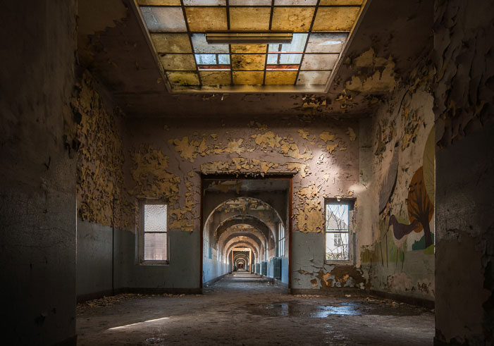 Hallway | Hans van Vrouwerf