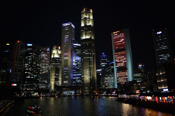 Singapore Downtown -- Nikon Dƒ | Daniel Kestenholz