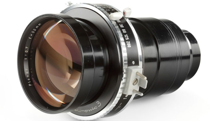 World's fastest lens: Carl Zeiss Planar 50mm F0.7