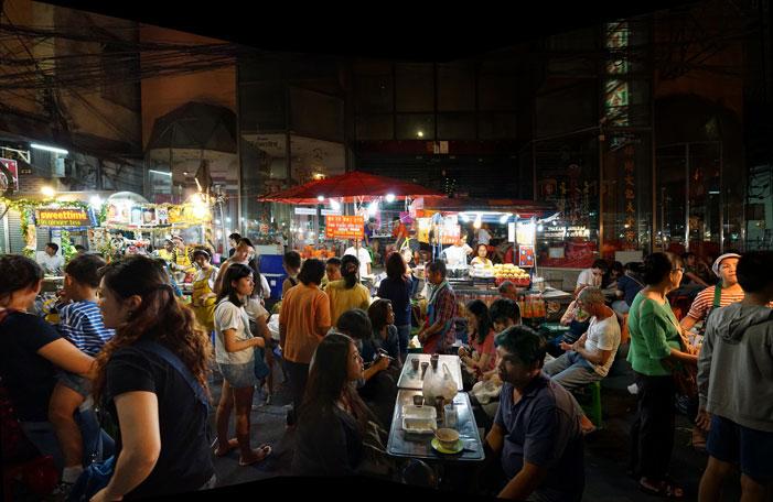 Evening in Chinatown | Karel van Wolferen